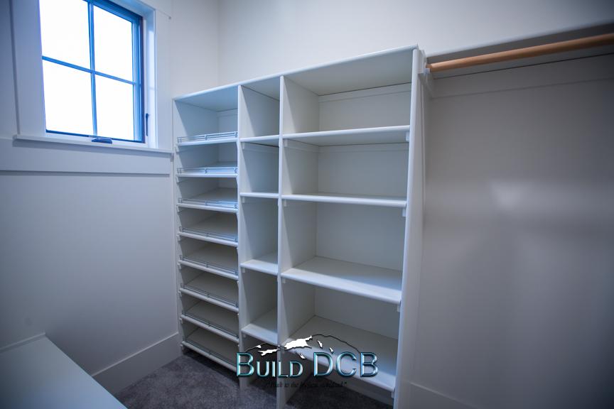 bedroom closet shelving