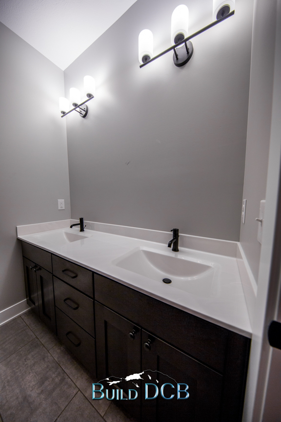 white countertops bathroom
