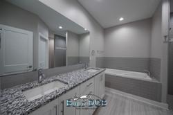 master dual sink bathroom