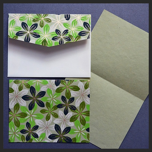 Green/Ivory Flowers Accented Love Notes (8 per pkg