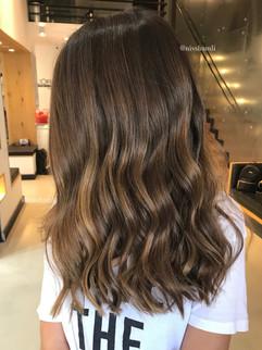 עיצוב שיער ניב שמלי סלון בוטיק