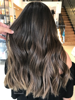 צבע שיער חום עמוק