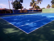 Quadra de tênis revitalizada pelas mãos do nosso colaborador José Luís, o nosso querido ''Dedé''