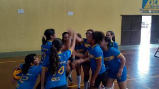 Escolinha de Voleibol da AABB Cuiabá no Torneio Inicio - FMTV
