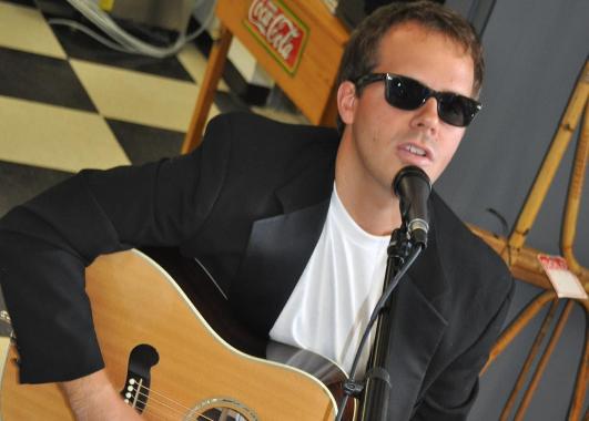 Tyler Millard: Lead Vocals