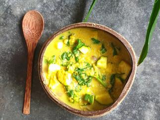 Cremiger Mungdal mit Zucchini und Babyspinat *Ayurveda Rezept*