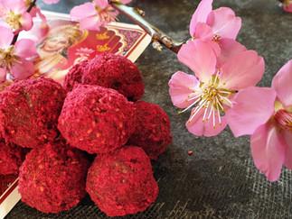 Lakshmi-Verwöhntag mit sinnlichen Ritualen + Rezept Bliss Balls