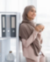 Supervisor in higher education (Muslim female) who is less stressed because of the coaching and training she recieved from Strengths University.