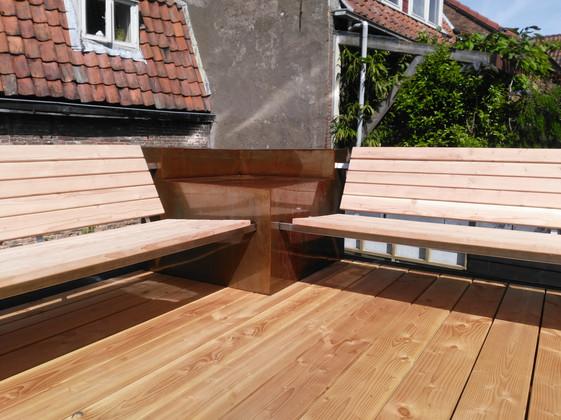bank in hout en staal