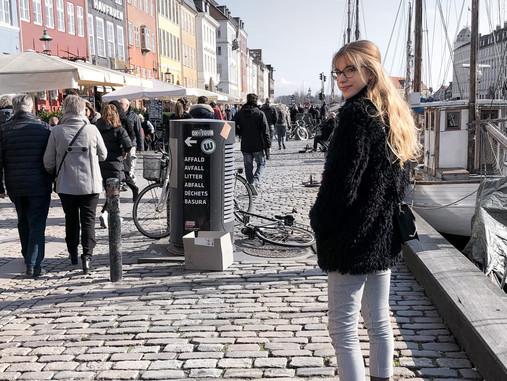 Beleharaptunk a dán életbe