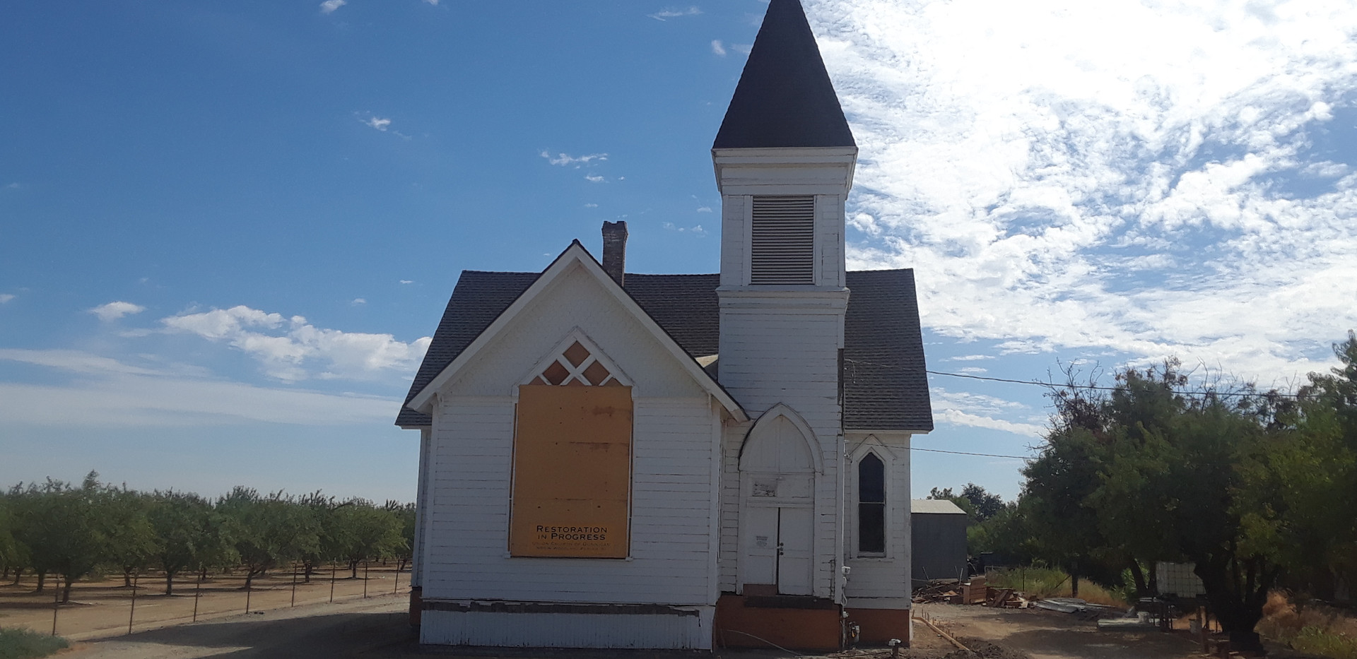 Dunnigan church.jpg