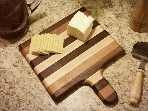 Cutting Board with Serving Handle