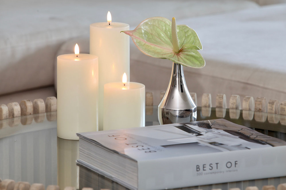 Classic Ivory Candle strip