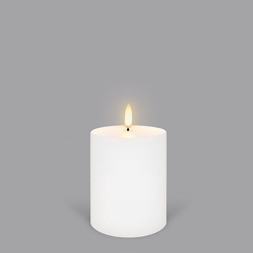 Nordic White Small Pillar