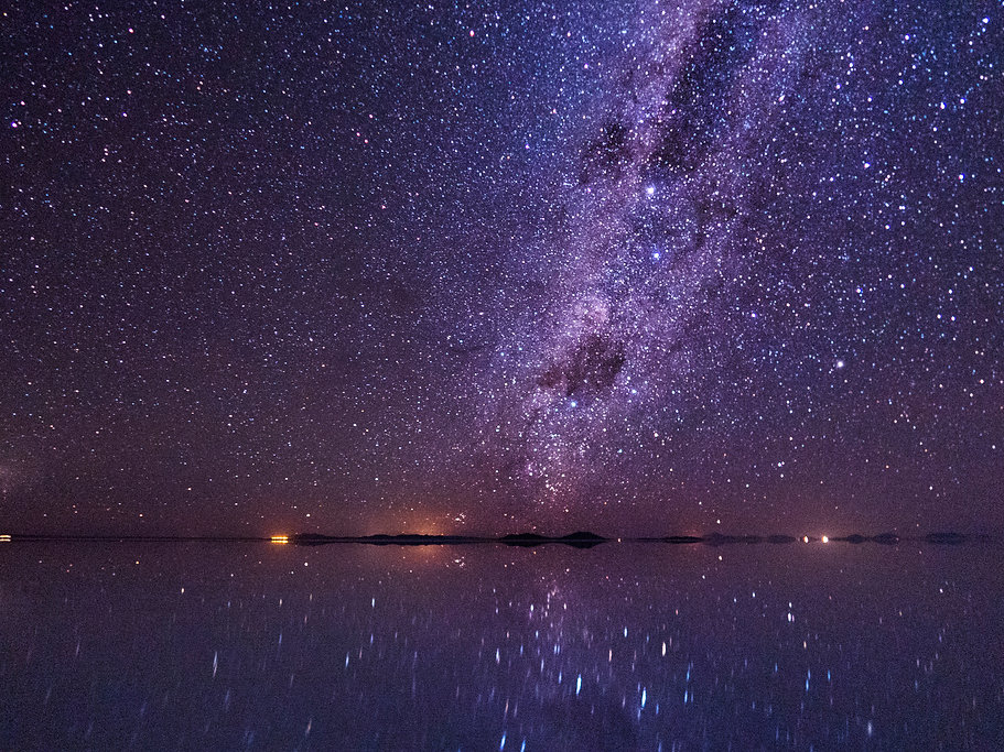Bolivia Uyuni Salt Desert Milky way.jpg