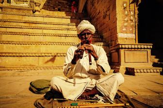 Singing Into The Mystic - SoundTracks Travel 9