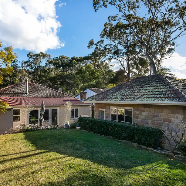 Pet friendly family cottage in Avalon Beach