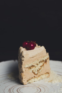 Sliced Cake - Classic Ivory
