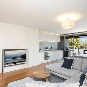Beachfront stylish & modern at Mona Vale