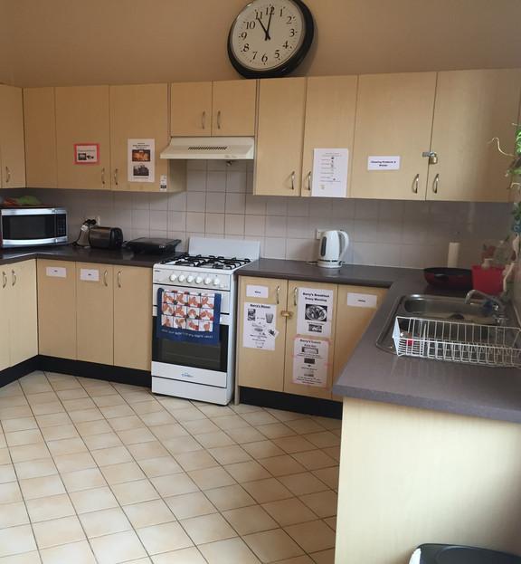 182 HS Kitchen SMALLER.jpeg