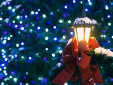 Light with Christmas ribbon