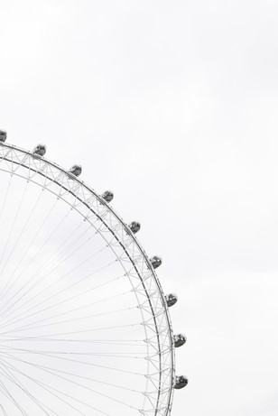 Ferris Wheel - Nordic White