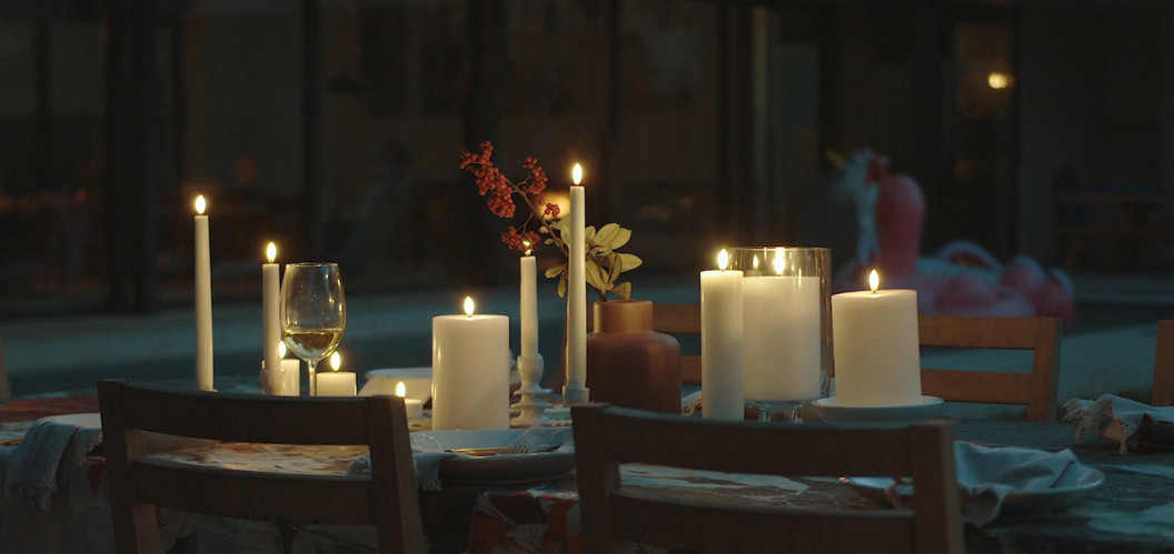 Table Setting with beautiful flameless c