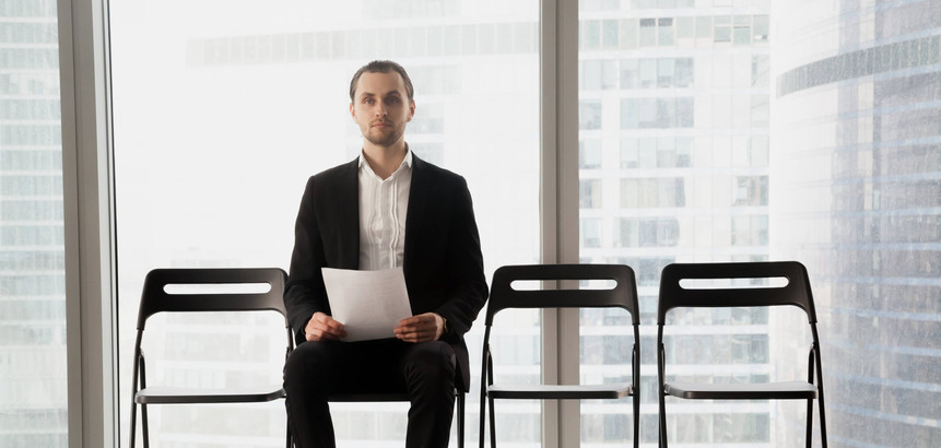candidate-post-sitting-chair-with-resume