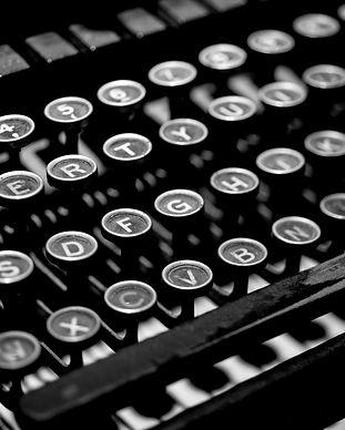 typewriter-2653187.jpg