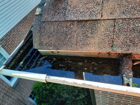 What Causes Your Gutters To Leak?