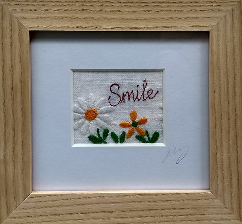 Embroidered Small 'Smile' Frame