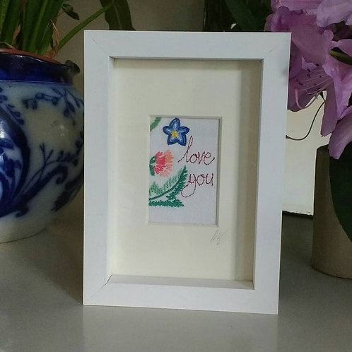 Embroidered 'love you' frame