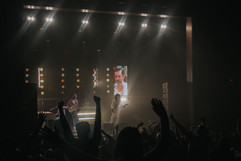 queen_tribute_band_majesty_live_in_croydon_7.jpeg