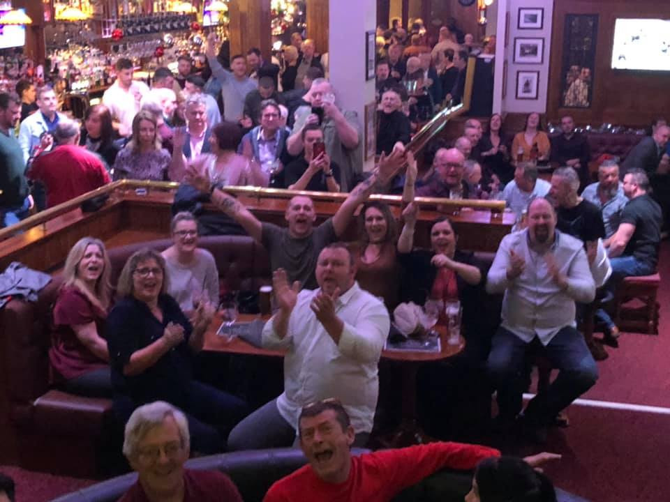 Queen Tribute Band Majesty - Live at Hogarths Swansea