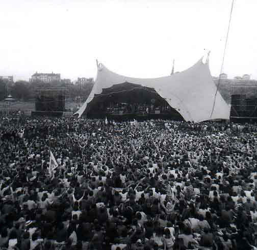 Picture of the stage of Hyde Park concert of 1976