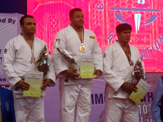 DOUBLE COMMONWEALTH GOLD IN JAIPUR