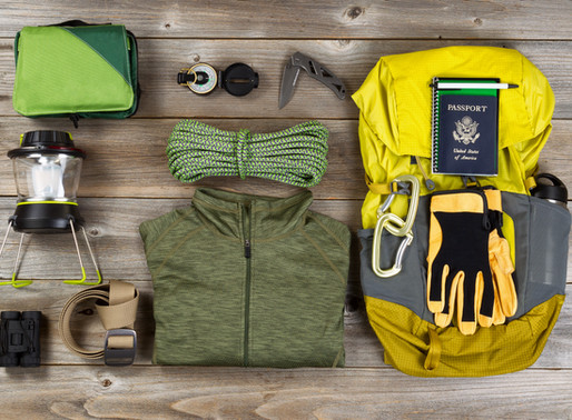 What to wear while hiking in summer .