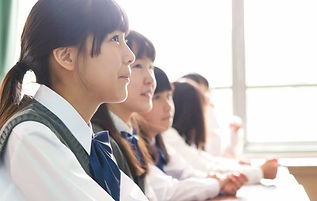 esl-english-students-studying-eikaiwa-cr