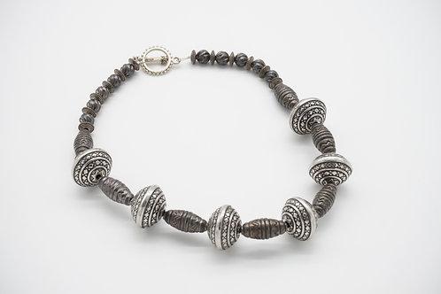 Antique Color Necklace