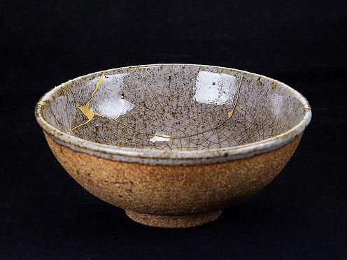 kintsugi, кинцуги, ремонт посуды, пиала, золото, керамика, петр новак