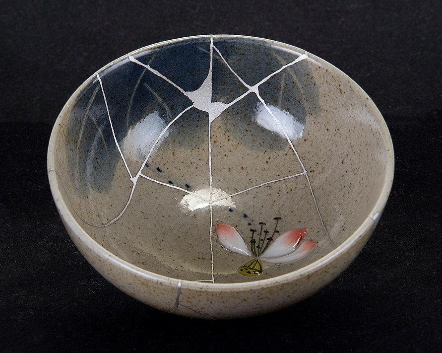 kintsugi, кинцуги, ремонт посуды, пиала, серебро, фарфор