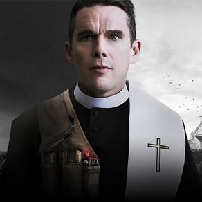 """""""El reverendo"""" (2017): el silencio de Dios y la angustia del fin de los tiempos"""