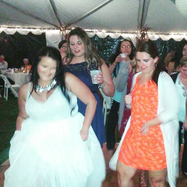 #Weddings #receptiondj #djforhire #hotdjs #hockessindelaware #brides #grooms #dlgentertainment