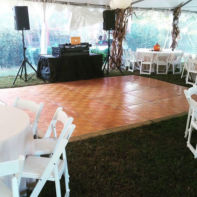 #Weddings #receptionparty #djforhire #ddjsz2 #dlgentertainment #southjerseydj #phillydjs #djlife