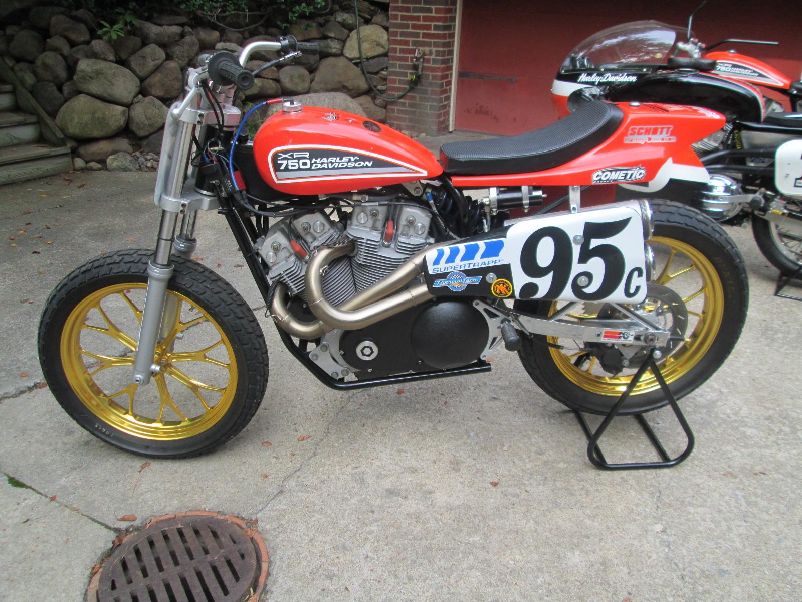 XR750 Pic 2