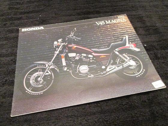 Honda 1982 V45 Magna Sales Brochure