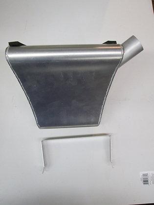 XR750 Iron XR Oil Tank w/ Oil Tank Braket