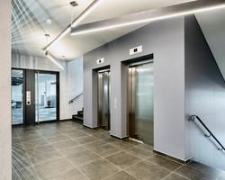Office Building & Holiday Inn München