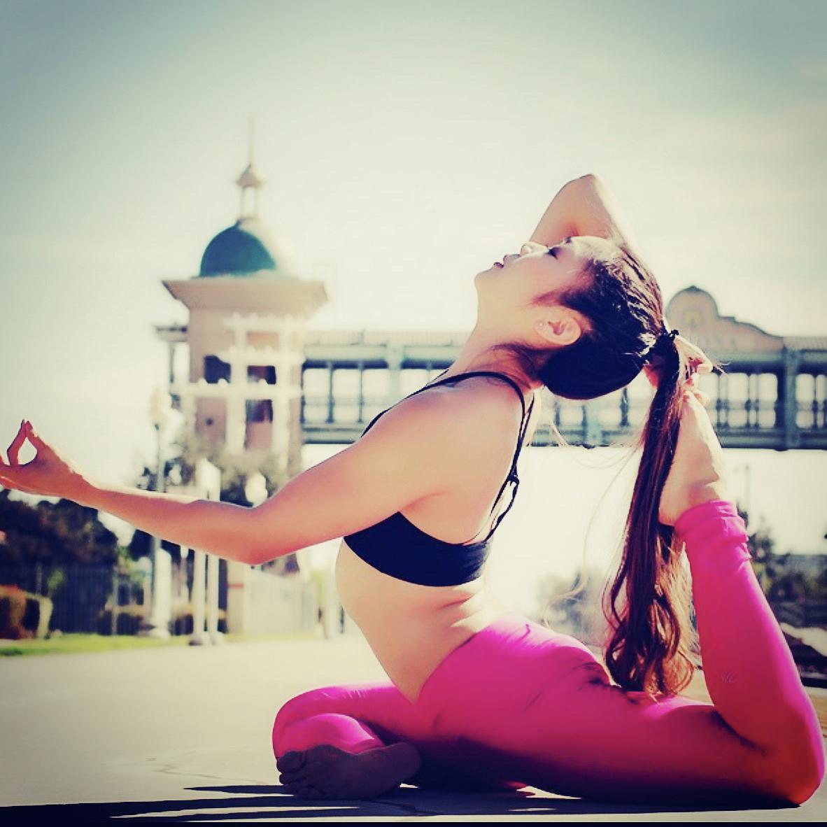 Tamara(Aerial yoga)
