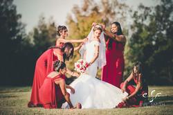 Wedding photography by Eve Smith: Bride & entourage